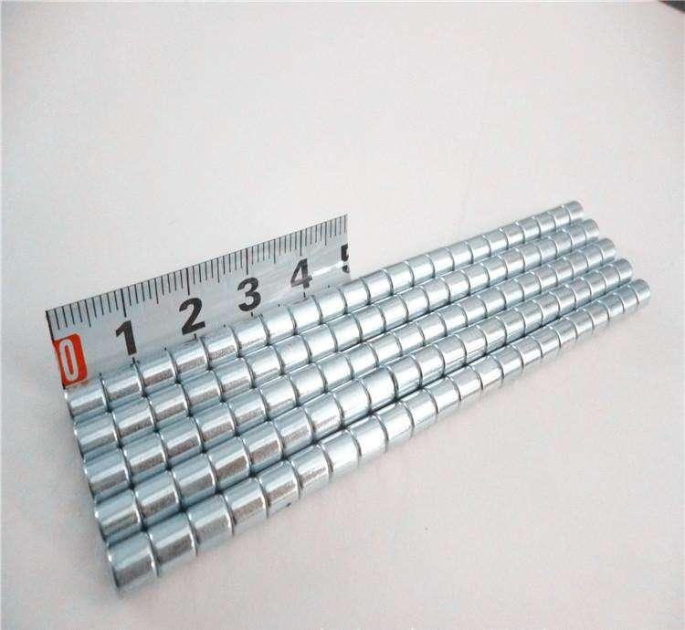 Neodymium Magnets VS Ferrite Magnets - Stanford Magnets