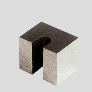 AlNiCo Curved-Field Magnet