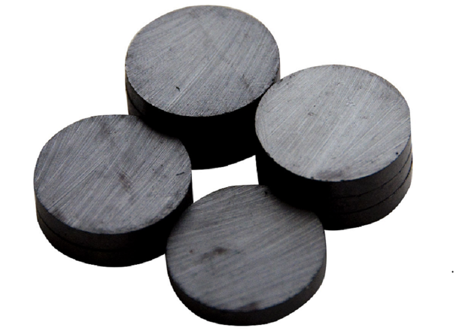 Features & Characteristics of Ceramic Magnets