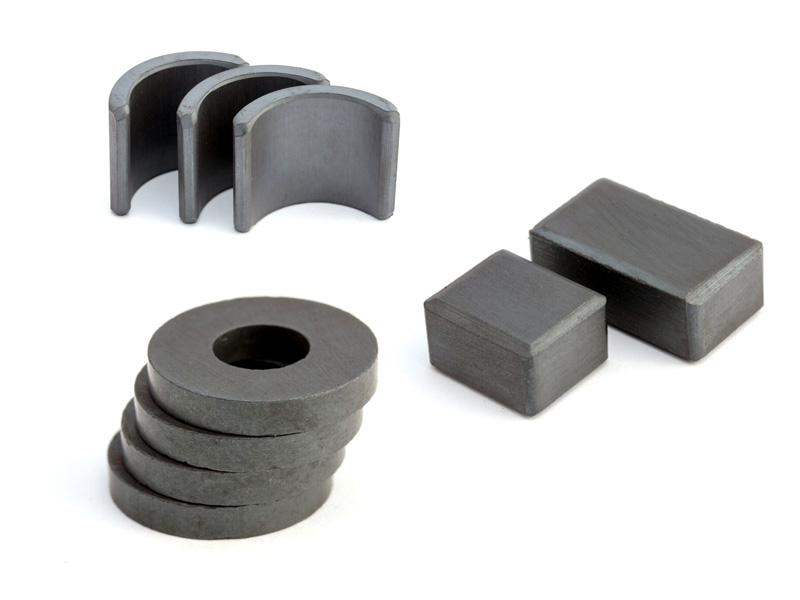 How Does Temperature Affect Ferrite Magnets?