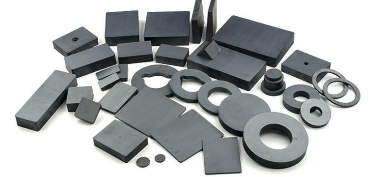 Injection Molded Ferrite Magnets VS Sintered Ferrite Magnets