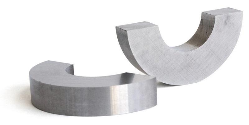 Precautions for Handling Alnico Magnets