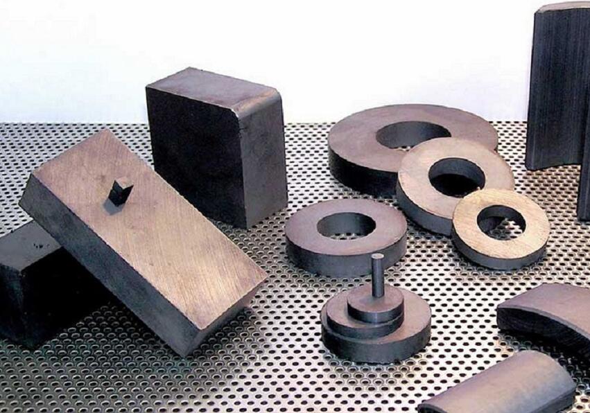 Classification and Characteristics of Ferrite Magnets